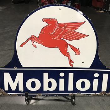 Mobiloil Pegasus  sign 4ft  - Petroliana