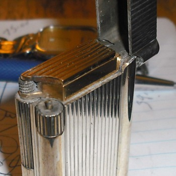 Rothschild Gas Lighter - Tobacciana