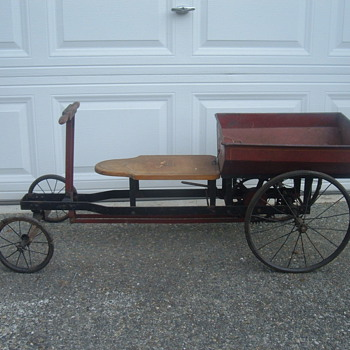 Irish mail rowing cycle pedal car - Toys