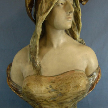 Rare Large Eduard Stellmacher Amphora Bat Girl - Art Nouveau