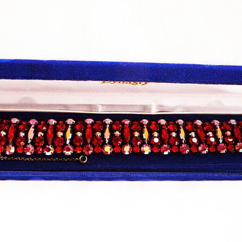 Signed Siam Red Sherman Bracelet, Japanned Black Back, Highly Desirable Price - Costume Jewelry