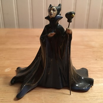 Hagen-Renaker Maleficent - 1959 - Figurines