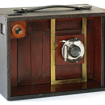 1914 Prototype Multiplying Camera by Harvey Wing