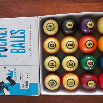 Brunswick centennial pocket balls - Games