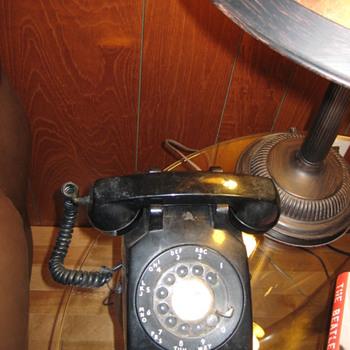 1968 NE Model 500 Telephone - Telephones