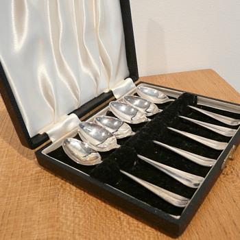 EMILE VI(E)NER TEASPOONS 1930 - Silver