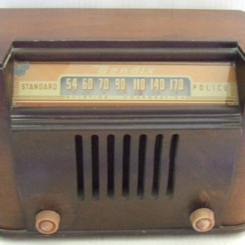 Bendix Aviation Corporation 1940's Standard Police Radio