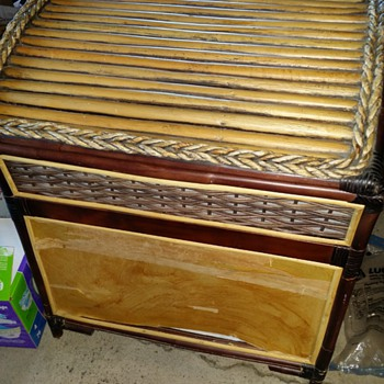 Could this be a Hope chest , Hamper or something else?  - Furniture