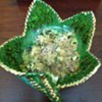 Flower pottery from Italy, hand painted with gold - Pottery