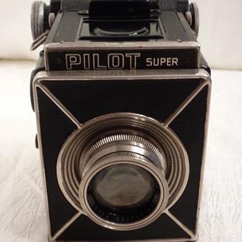 Pilot Super - Cameras