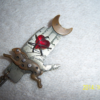 PRIMITIVE STICK PIN ???? - Costume Jewelry