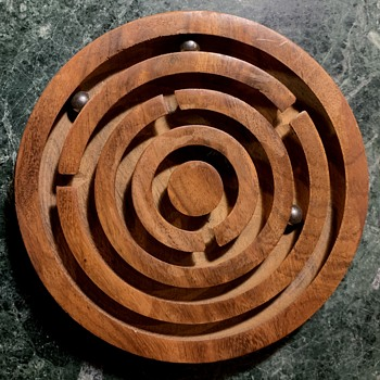 Hard Wood Maze with Chrome Balls - Games