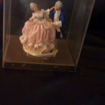 grandmothers figurines - Figurines