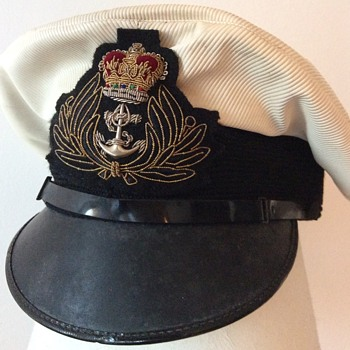1960s British Royal Navy Chaplain's visor cap - Military and Wartime