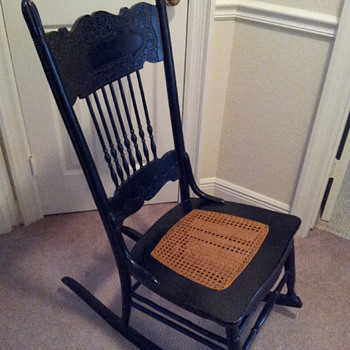 How to date a rocking chair?  - Furniture
