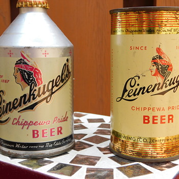 1950s Leinenkugel's Crowntainer and Flat Top Beer Cans - Breweriana