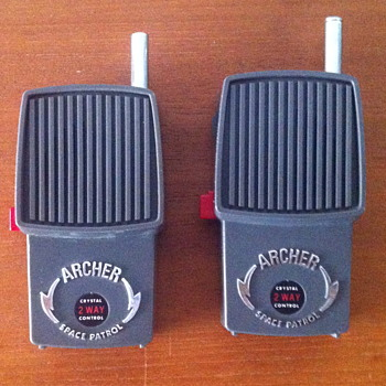 Archer crystal 2 way control space patrol walkie talkies. - Electronics