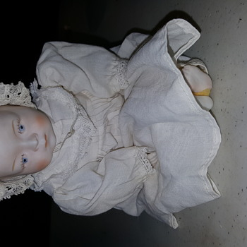 My white porcelain baby with very little color - Dolls