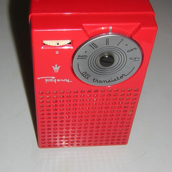 Regency Mandarin Red TR-4 Transistor Radio