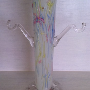 Victorian Peloton glass vase with arms - missing baskets - Art Glass