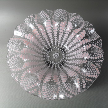 "Sydenstricker ~ Fused Glass Ruffled Bowl ~ Pink Pattern ~ 6 3/4"" - Art Glass"