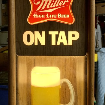 1984 Miller Beer High Life Clock and 3D Beer Mug Light  - Breweriana