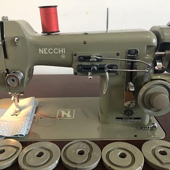 Necchi BU Mira - Sewing