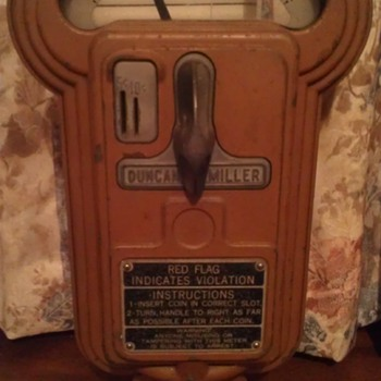 Duncan Miller model 50 - Coin Operated