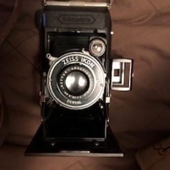 Zeis Ikon Camera - Cameras