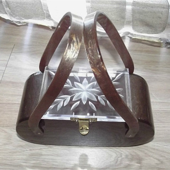 Vintage 50s Marbleized Root Beer Sparkle Lucite Box Purse with Carved Clear Top Handbag