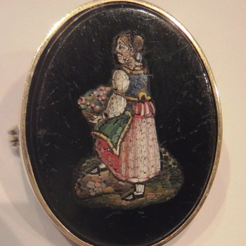 Micro Mosaic  14K Yellow Gold brooch depicting a Lady with Flower Basket