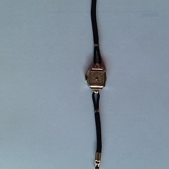 Vintage Cort Watch