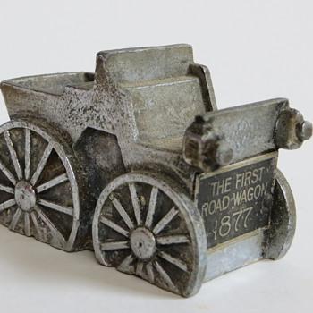 Cast Metal Car~Hood Ornament?~Great little piece - Model Cars