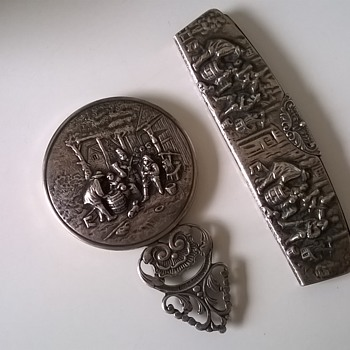 """Made In Holland"" Repousse Hand Mirror & Comb Set Thrift Shop Find $10"