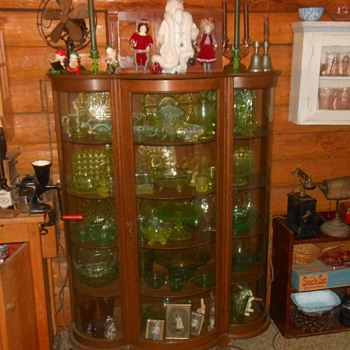 Vintage Curved Glass China/Curio Cabinet