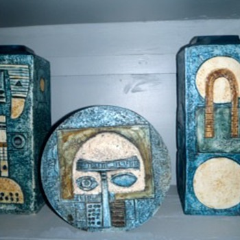 SOME OF OUR ART DECO AND TROIKA VASES - Pottery