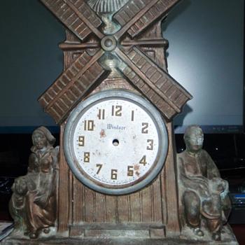 My Dumpster Diving Windsor Dutch Windmill Clock