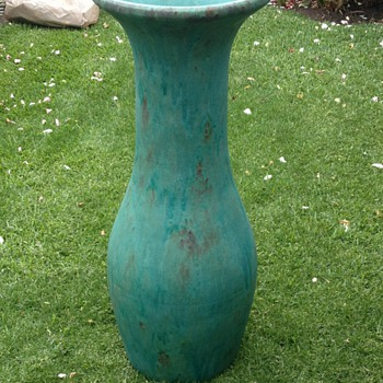 Large Floor Vase Circa 1930 Mystery! - Pottery