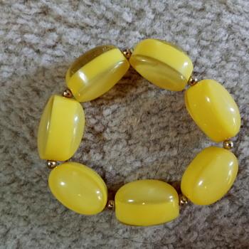 Yellow bracelet  - Costume Jewelry