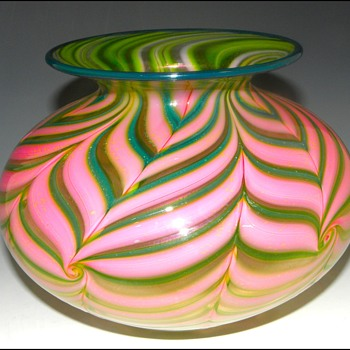 Daniel Lotton Vase - Art Glass