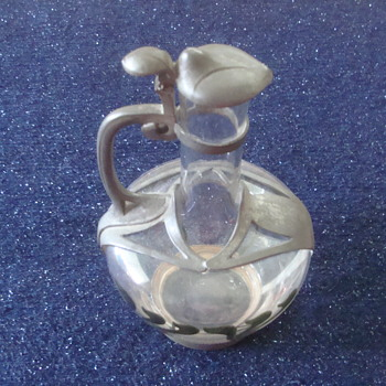 vintage carafe - Glassware