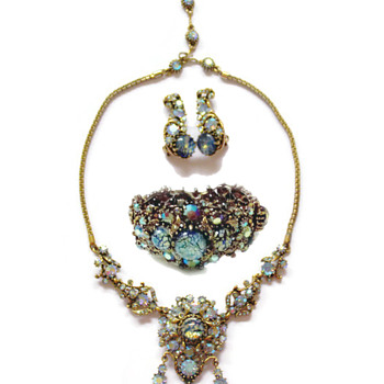 Vintage Hollycraft Corporation 1958 Blue Jeweled Set - Costume Jewelry