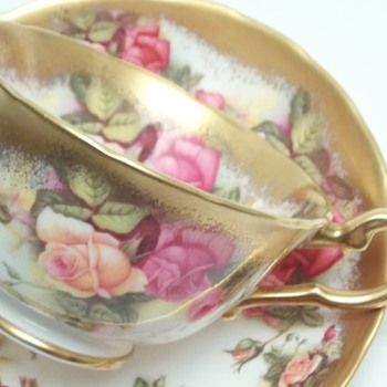 Royal Chelsea Golden Rose Luncheon Set
