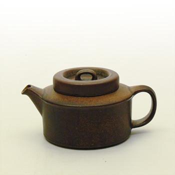 RUSKA crockery range. Ulla Procopé (Arabia, Finland, 1960) - Pottery