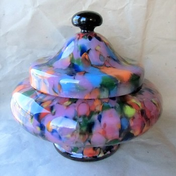 The pink spatters are especially garish....gotta say it..... Ruckl Czech glass production 1925-35. - Art Glass