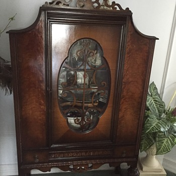 Family China Cabinet - Furniture