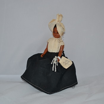 VOODO QUEEN Doll, Skeleton, Bag, Pins, Black & White Dress, voodoo - Folk Art