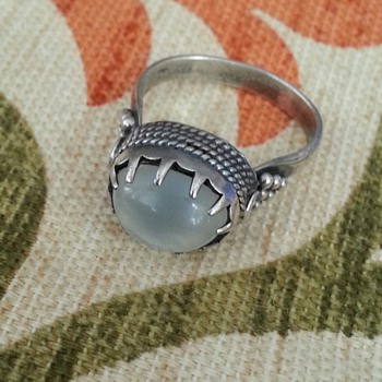 SILVER? STONE RING WITH MARK ''NEED YOUR HELP ID""