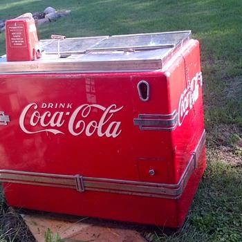 Classic Coke Cooler - Coca-Cola