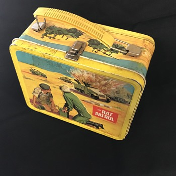 The Rat patrol  lunch box  - Kitchen
